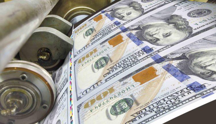 JP Morgan ostrzega przed odwróconą krzywą rentowności i kolejnymi bilionami USD na stymulację rynków.